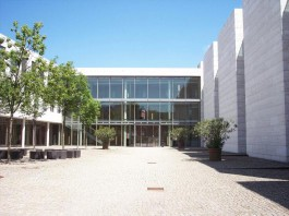 Bundesgerichtshof - Hof des Nordgebäudes (Foto: BGH)