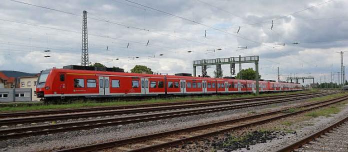 S-Bahn bei Neustadt an der Weinstraße (Symbolbild: Holger Knecht)