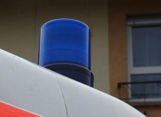 Symbolbild, Rettungswagen, Blaulicht, Krankenwagen © Holger Knecht