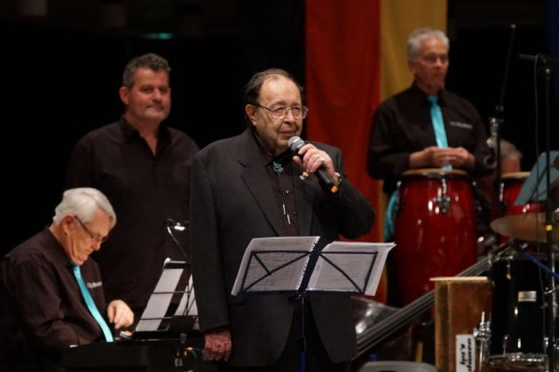 Dr. Gerd Wolff bei der Begrüßung