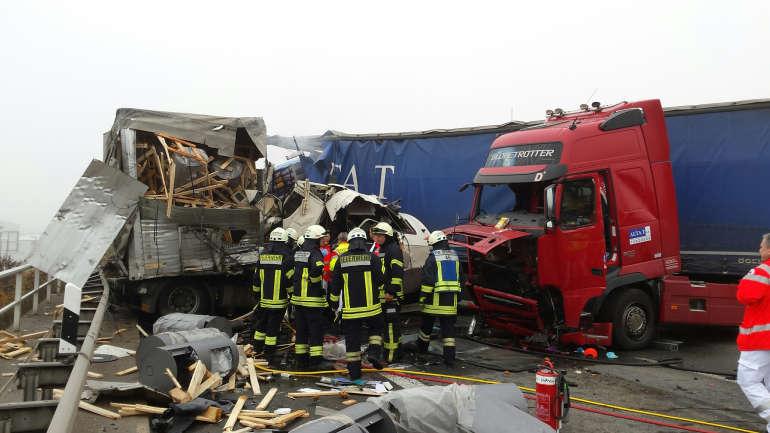 Unfall A6 Lkw