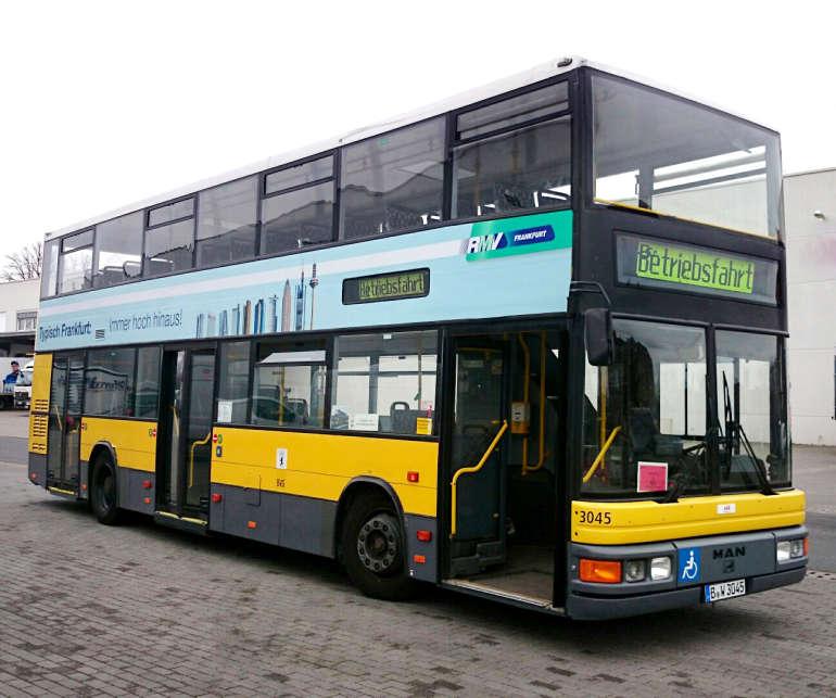 frankfurt testet einsatz von doppeldecker bussen. Black Bedroom Furniture Sets. Home Design Ideas