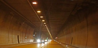 Wattkopftunnel bei Ettlingen (Foto: Klaus Eppele)