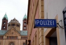 Symbolbild, Polizei, Speyer, Polizeiwache, Dom © Holger Knecht