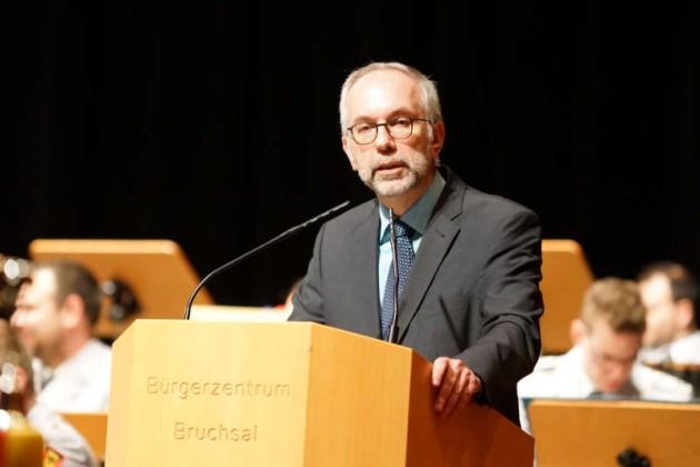 Wolfgang Müller (Hauptamtsleiter Stadt Bruchsal) bei der Ansprache