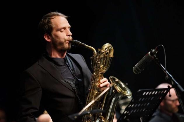 Sebastian Nagler (Baritonsaxophon)