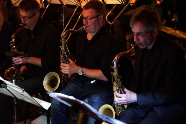 Saxophonisten der Big Band (Foto: Holger Knecht)