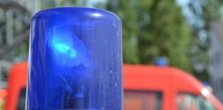 Symbolbild, Feuerwehr, Rettungsdienst, Blaulicht