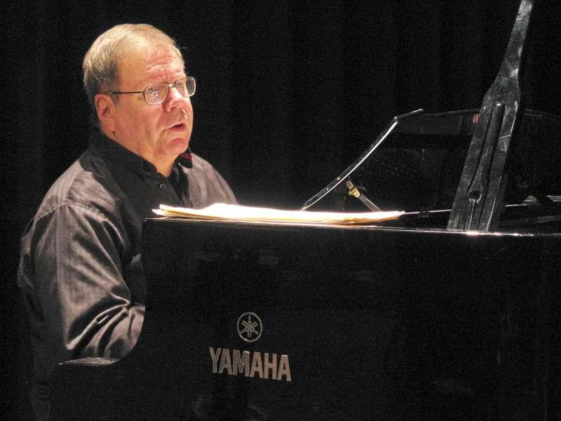 Bob Degen, Klavier (Foto: Agentur)