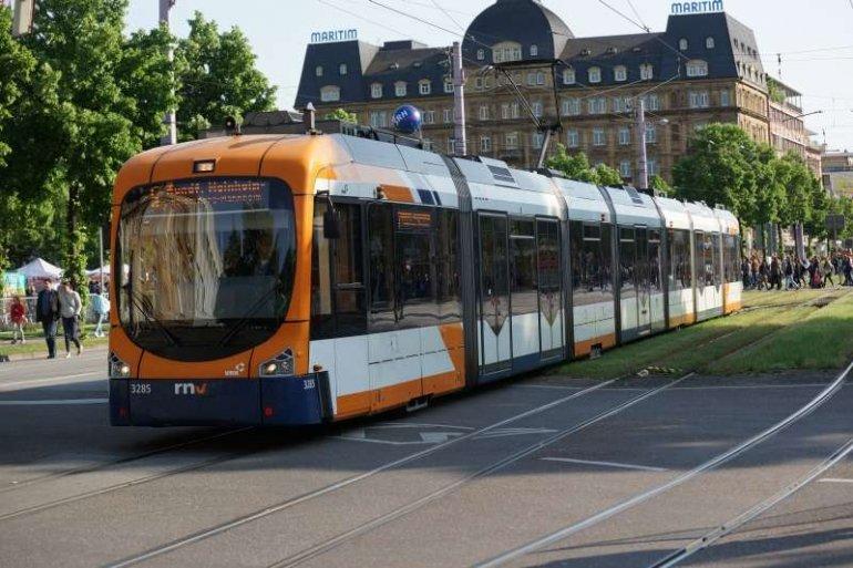 Symbolbild Straßenbahn der rnv