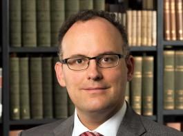 Prof. Dr. Matthias Bäcker
