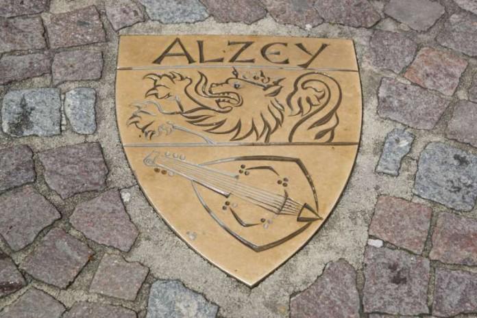 Symbolbild Stadtwappen Alzey (Foto: Holger Knecht)