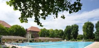 Das traditionsreiche und idyllisch gelegene Thermalbad (Foto: Stadtwerke Heidelberg)