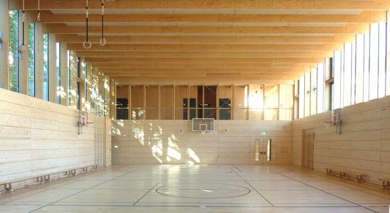 Turnhalle im Baukastensystem (Foto: Beyerle DInka Scheible Hoffmann, Architekten BDA Fellbach)