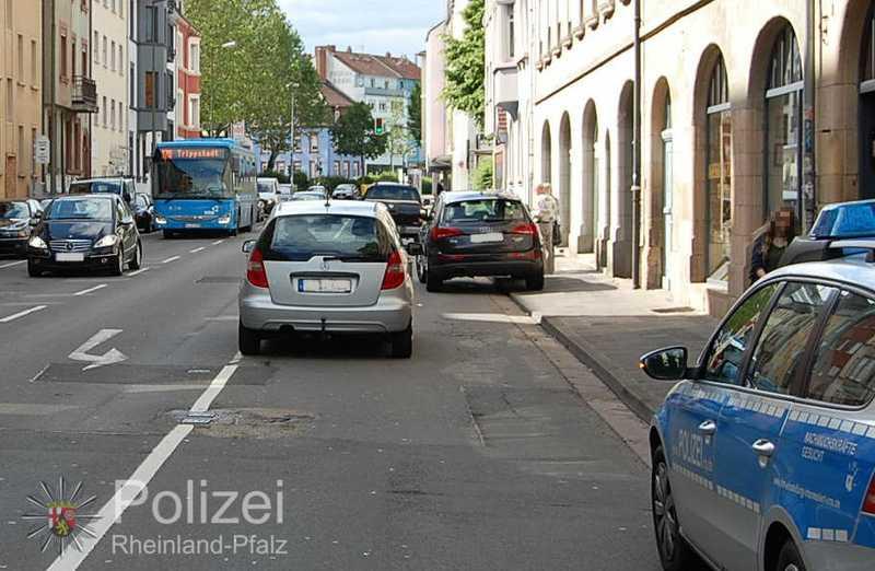 Die Unfallstelle in der Rudolf-Breitscheid-Straße. Aus diesem ...