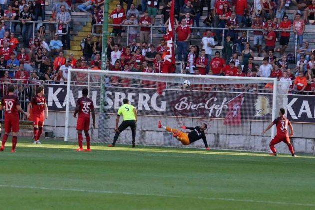Der Treffer des FC Metz durch Guido Milan (Foto: Holger Knecht)