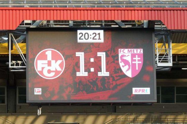 Endstand des Spiels 1. FCK gegen FC Metz (Foto: Holger Knecht)