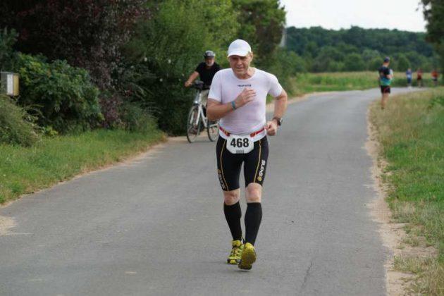 Der Sieger der 5-km-Walkingstrecke, Ingo Wildauer (Foto: Holger Knecht)