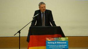Prof. Jörg Meuthen bei einer Wahlkampfveranstaltung im Januar 2016 in Rheinland-Pfalz (Foto: Holger Knecht)