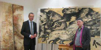 Bürgermeister Dr. Maximilian Ingenthron besuchte jetzt Professor Diethard Herles in den Atelierräumen des Instituts für Kunstpädagogik und Kunsttheorie in der Villa Streccius (Foto: Stadt Landau in der Pfalz)