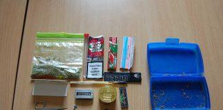 Beschlagnahmte Butterbrotdose mit Inhalt