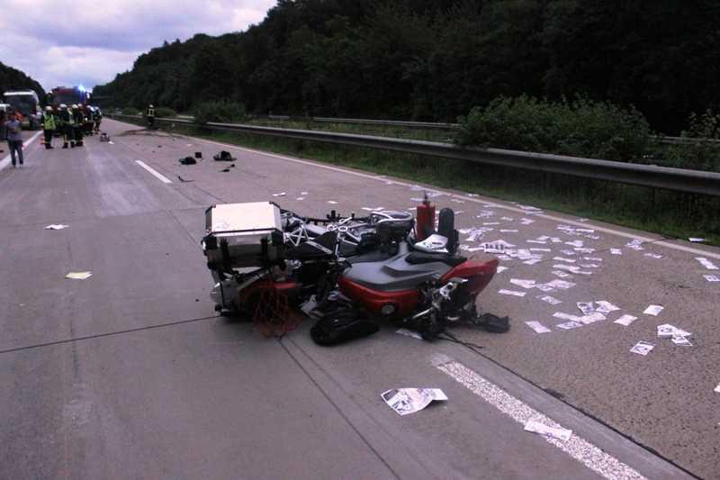 enkenbach alsenborn a6 unfall mit schwer verletztem motorradfahrer. Black Bedroom Furniture Sets. Home Design Ideas