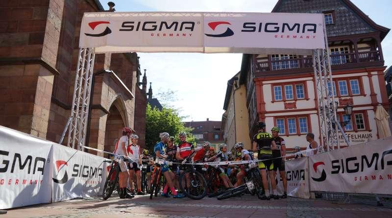 Warten auf den Start (Foto: Holger Knecht)