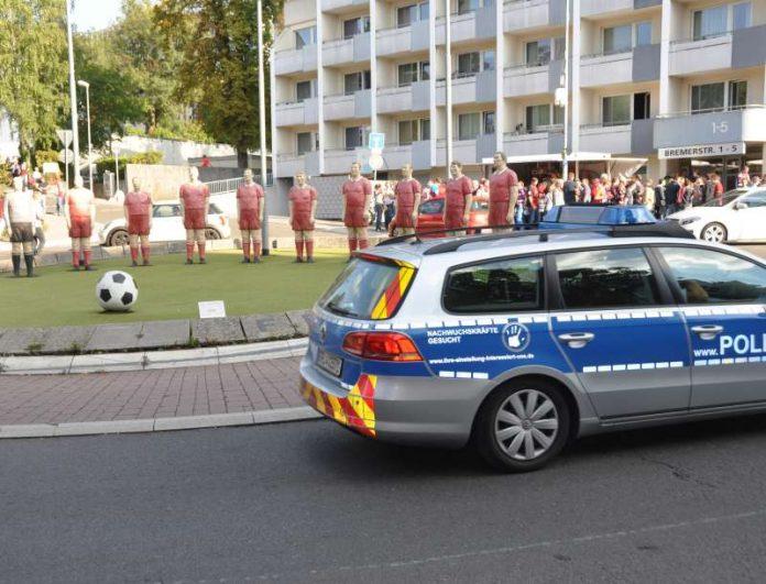 Einsatzfahrzeug der Polizei (Foto: Polizei)