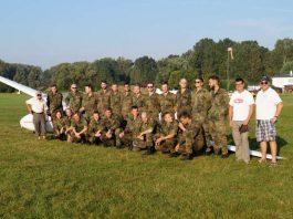 Ausbildungsgruppe mit Ausbildern, Foto: Thorsten Kiefer, PFW)