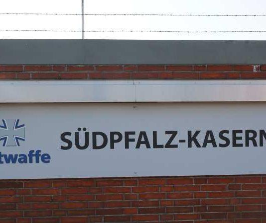 Die ehemalige General-Hans-Graf-Sponeck-Kaserne heißt seit Juni 2015 Südpfalz-Kaserne. (Foto: Holger Knecht)