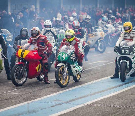 Nicht nur (wie im Bild) Motorräder und Gespanne präsentieren sich hier, auch Tourenwagen und Formel-Fahrzeuge drehen auf der Strecke ihre Runden (Foto: Hockenheim-Ring GmbH)