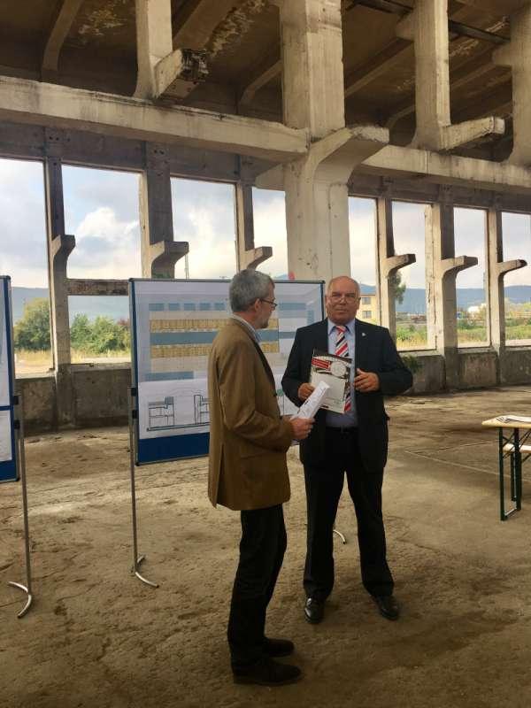 Neustadt Zuschussvertrag F 252 R Sanierung Der Ibag Halle