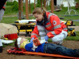 rettungsdienst-beim-kindernotfall