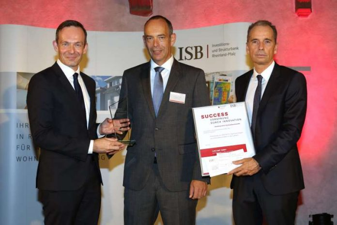 Wirtschaftsminister Dr. Volker Wissing, Dr. Ralph Funck (CirComp GmbH); Dr. Ulrich Link (ISB) (Foto: ISB/Alexander Sell)