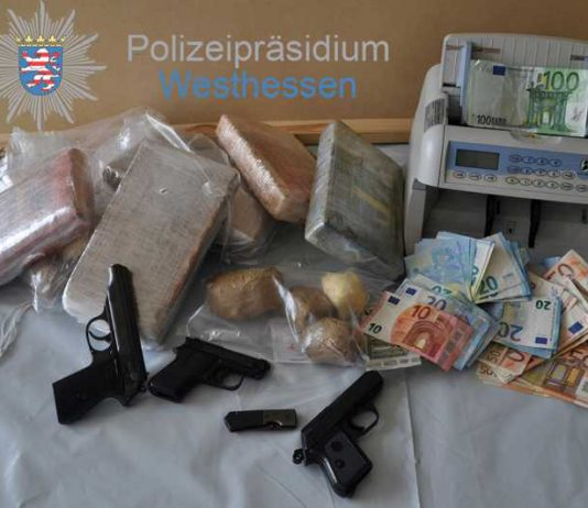 Drogen, Waffen, Bargeld