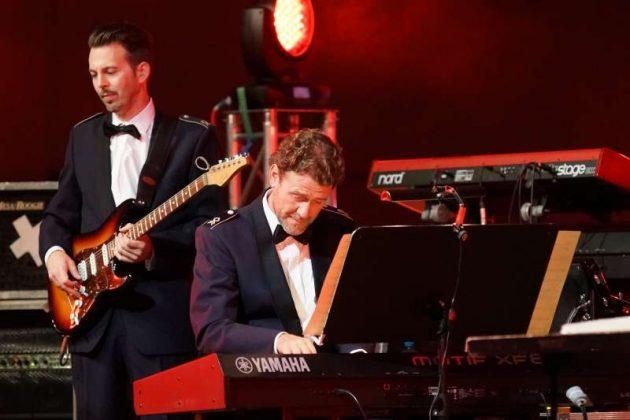 Frank Siegemund (Keyboards) und Roland Büttgen (Foto: Holger Knecht)