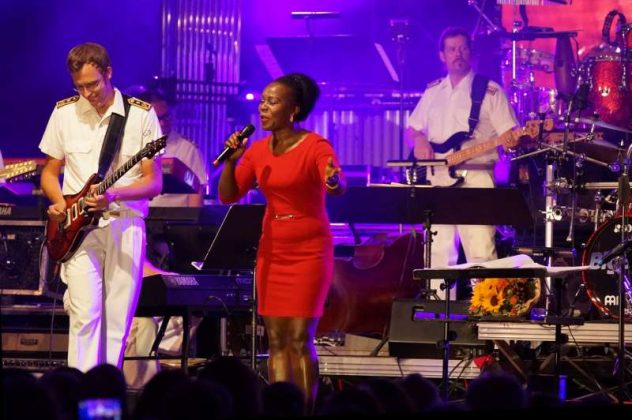 Sängerin Bwalya (Foto: Holger Knecht)