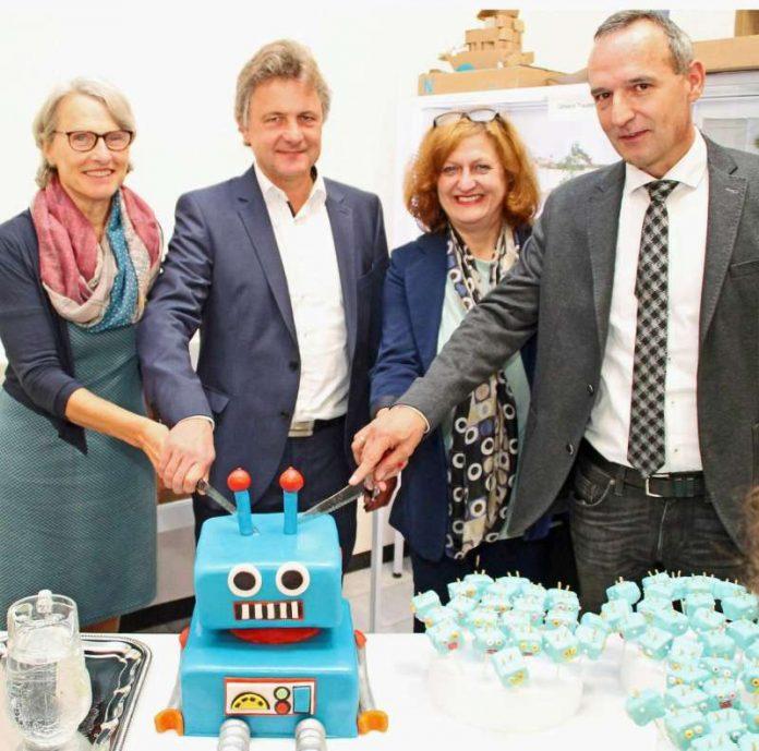 Dr. Ulrike Freundlieb, Dr. Frank Mentrup, Ilse Petilliot-Becker und Claus-Peter Göttmann (v.l.) eröffneten den