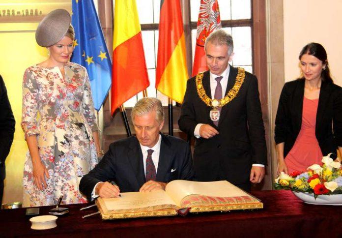OB Feldmann mit dem Königspaar Belgiens (Foto: Stadt Frankfurt / Stefan Maurer)
