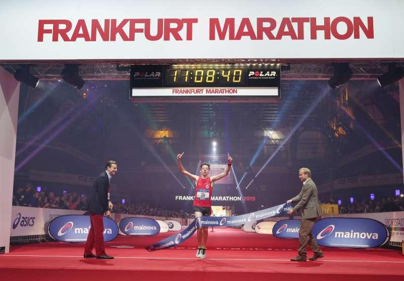 Sieger Joshua Becker (Frankfurt, U18) (Foto: Joachim Storch / Bad Homburg)