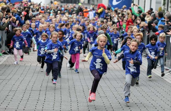 Frankfurt Marathon 2015, Brezellauf, Struwwelpeter-Lauf (Foto: Mainova Frankfurt Marathon)