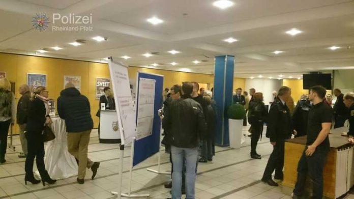 Rund 120 Bürgerinnen und Bürger kamen zum ersten Bürgerforum nach Landstuhl