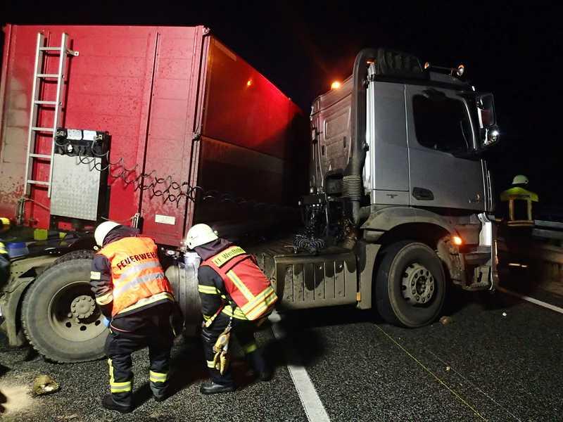 Schwerer LKW-Unfall auf der A61