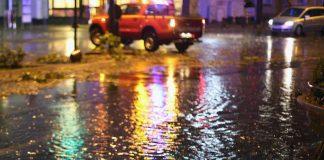 Sturmtiefs hinterlassen in der Bevölkerung bleibenden Eindruck / Neun von zehn Rheinländern rechnen mit noch mehr Unwettern in der Zukunft (Foto: obs/Provinzial Rheinland)