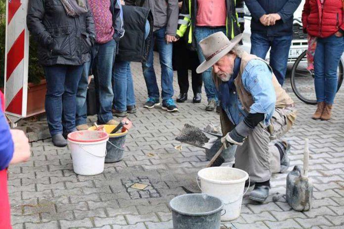 Stolpersteinverlegung in Weinheim