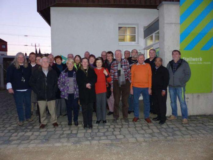 Gruppenbild der ehrenamtlichen Helferinnen und Helfer (Foto: Stadt Bingen)