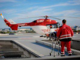 BK 117 auf einem Klinikdach (Foto: DRF Luftrettung / Maike Gloeckner)