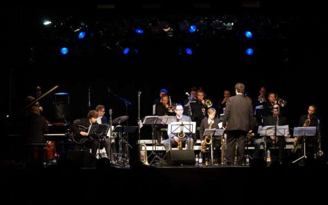 Die Big Band Kicks'n Sticks am 13.11.16 (Foto: Holger Knecht)