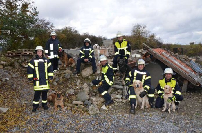 Rettungshundeteams im Landkreis Bad Kreuznach (Foto: Kreisverwaltung Bad Kreuznach)