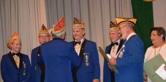 Bezirksvorsitzender Dietmar Beck wurde mit dem BDK-Verdienstorden in Gold geehrt (Foto: Dieter Augstein, Mannheim)